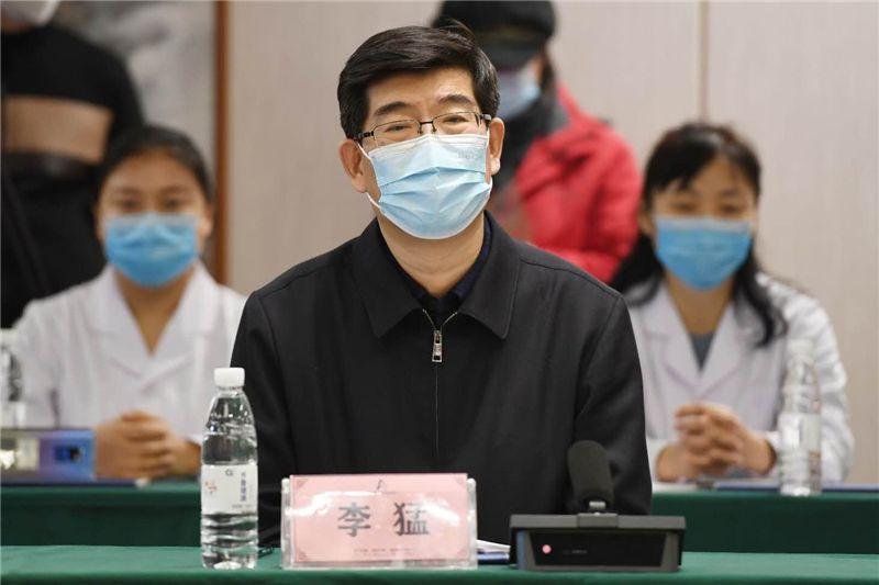我市22名援鄂医务人员结束集中隔离休整 李猛杨洪涛代表市几大班子前往看望慰问