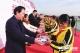 臨邑縣宿安鄉小學接受臺州市商會捐贈的1千雙運動鞋