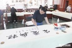 庆云镇邀请德州市书画名家到该镇开展送文化下乡活动