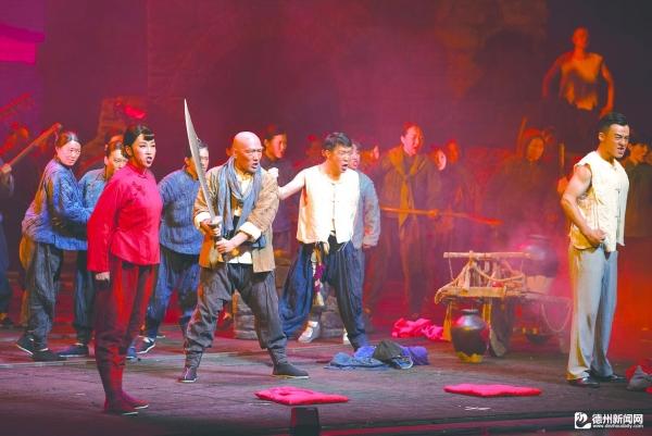 大型民族歌剧《沂蒙山》在我市演出侧记