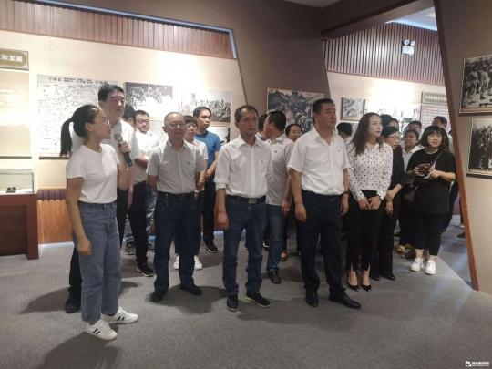 寧津郵政組織單位干部職工赴紅色教育基地學習
