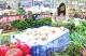 """应季蔬菜水果大量上市价格""""亲民"""""""