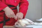 """传统老字号""""夏津布袋鸡""""   内藏乾坤的百年美食"""