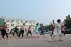 中丁乡组织举办了老年太极拳练习培训班