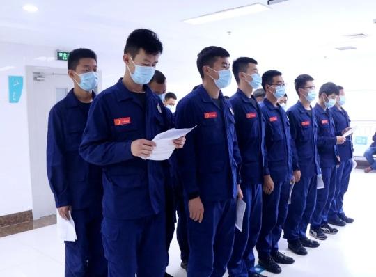 陵城区人民病院为消防官兵进行健康体检