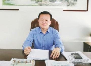 靳建华:健全办事体系护航群众健康