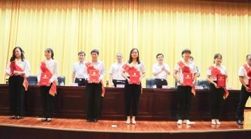 陵城区庆祝第37个教师节大会召开 区委书记田晨光发表重要讲话