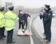 熱心市民為一線交防人員送來湯圓和水餃