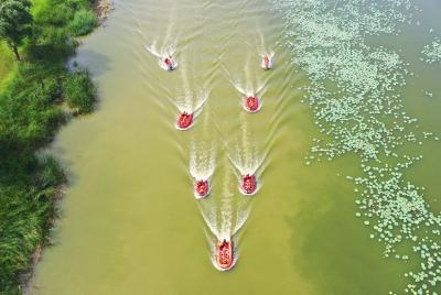 德州市消防救援支队在减河开展水域救援演练