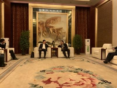杨洪涛会见中信产业基金总裁田宇   在智慧城市、医疗器械、产业基金等领域寻求合作契合点