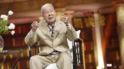 """我国翻译界泰斗许渊冲先生逝世!""""生命并不是你活了多少日子,而是你记住了多少日子"""""""