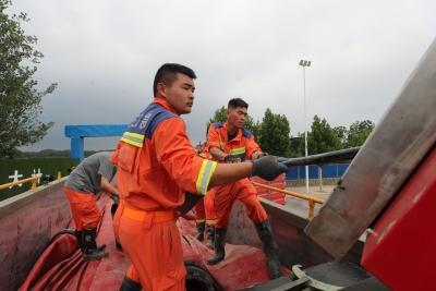 67个小时排水7万多立方米!德州消防支队完成郑州一医院排涝任务