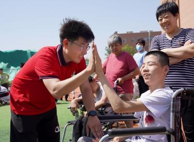 大学毕业后投身特教事业!夏津特教学校陈俊亮:特别的爱给特别的你